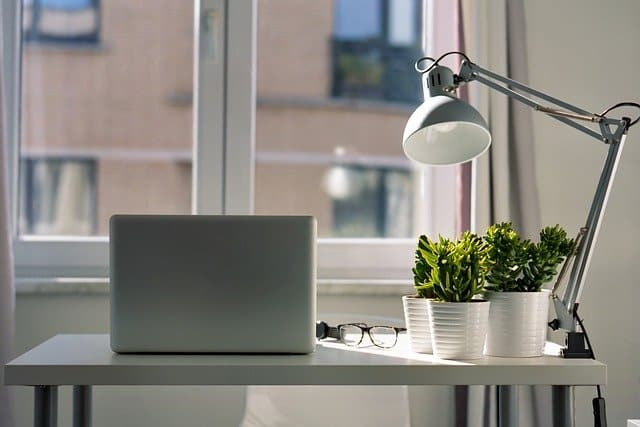 How Many Lumens Do I Need For A Desk Lamp